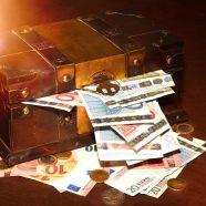 VK  >  Vorstand und Aufsichtsrat treffen sich mit Steuerberater